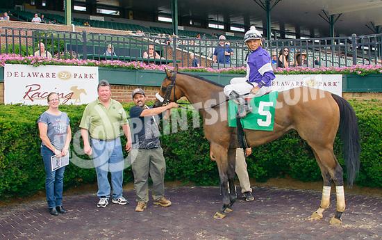 Breezed Bayou winning at Delaware Park on 6/21/17