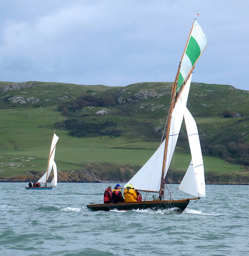With Lambay astern and the wind temporarily softening, Deilginis continues to maintain her lead on Sheila