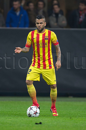 22.10.l2013. Milan, Italy. UEFA Champions League football. AC Milan versus FC Barcelona. Group stages. Daniel Alves (Barcelona),  at Stadio Giuseppe Meazza in Milan, Italy.