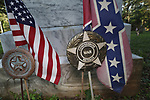 Indian War Veteran and Confederate War Veteran marker along with both the Confederate flag and the American Flag in a historical cemetary near Ocala, Florida