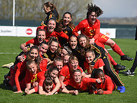 20190403  - Tubize , BELGIUM : Belgian players celebrating their victory pictured after the soccer match between the women under 19 teams of Belgium and Switzerland , on the first matchday in group 2 of the UEFA Women Under19 Elite rounds in Tubize , Belgium. Wednesday 3 th April 2019 . PHOTO DIRK VUYLSTEKE / Sportpix.be