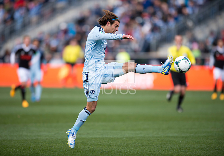 Graham Zusi (8) of Sporting Kansas City brings the ball down during the game at PPL Park in Chester, PA.  Kansas City defeated Philadelphia, 3-1.