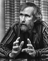 "Puppeteer Jim Henson, creator of the Sesame Street ""Muppett's"" (1986 photo by Ron Riesterer)"