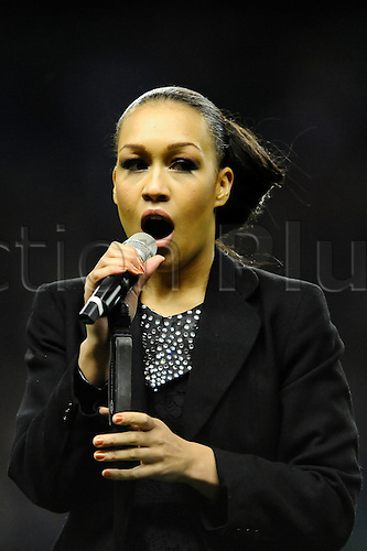 27.12.2010 Aviva Premiership Rugby from Twickenham. Harlequins v London Irish. 2010 X-Factor runner up Rebecca Ferguson performs during half-time at Twickenham