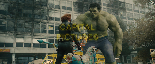 Scarlett Johansson, Mark Ruffalo<br /> in Avengers: Age of Ultron (2015) <br /> *Filmstill - Editorial Use Only*<br /> CAP/NFS<br /> Image supplied by Capital Pictures