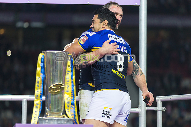 Picture by Alex Whitehead/SWpix.com - 10/10/2015 - Rugby League - First Utility Super League Grand Final - Leeds Rhinos v Wigan Warriors - Old Trafford, Manchester, England - Leeds' Jamie Peacock and Kylie Leuluai.