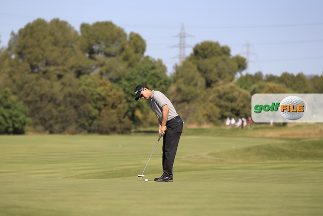 Jin Jeong (KOR) on the 5th green during Round 2 of the Open de Espana  in Club de Golf el Prat, Barcelona on Friday 15th May 2015.<br /> Picture:  Thos Caffrey / www.golffile.ie