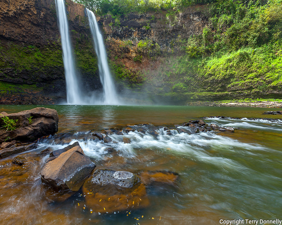 Kauai, HI: Wailua Falls on the South Fork of the Wailua River