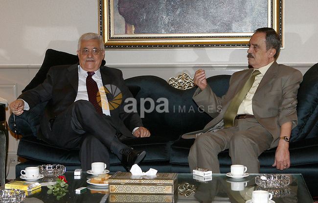 Palestinian President Mahmoud Abbas meets with the actor of Saaka movement Abu Heijah, in The Syrian Capital of Damascus.