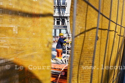 Genève, le 13.04.2010.Ouvrier sur le chantier du pont de l'ile..© Le Courrier / J.-P. Di Silvestro