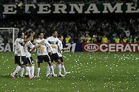 CURITIBA, PR, 11 DE JULHO DE 2012 – CORITIBA X PALMEIRAS – Jogadores do Coritiba comemora o gol de Airton (c) durante partida contra o Palmeiras pela final da Copa do Brasil 2012. O jogo aconteceu na noite de quarta-feira (11), no Estádio Couto Pereira, em Curitiba. (FOTO: ROBERTO DZIURA JR./ BRAZIL PHOTO PRESS)