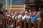 Święta Lipka, 2009-08-13. Sanktuarium Maryjne - Bazylika pw. Nawiedzenia NM Panny w Świętej Lipce, pielgrzymi posczas koncertu