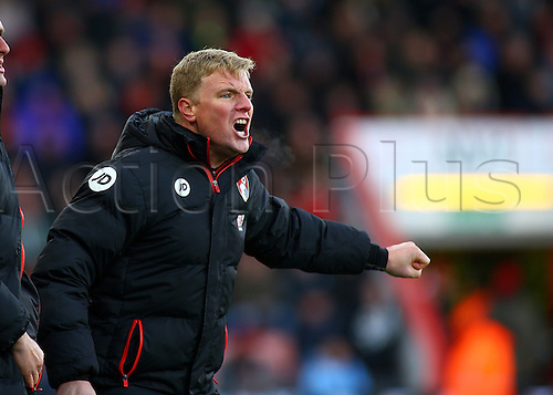 04.12.2016. Vitality Stadium, Bournemouth, England. Premier League Football. AFC Bournemouth versus Liverpool. Bournemouth Manager Eddie Howe shouts instructions to his players