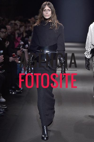 Ann Demeulemeester<br /> <br /> Paris - Inverno 2015