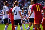31.08.2019, Auestadion, Kassel, GER, DFB Frauen, EM Qualifikation, Deutschland vs Montenegro , DFB REGULATIONS PROHIBIT ANY USE OF PHOTOGRAPHS AS IMAGE SEQUENCES AND/OR QUASI-VIDEO<br /> <br /> im Bild | picture shows:<br /> Bildmitte: Freistosssituation mit Linda Dallmann (DFB Frauen #16), <br /> <br /> Foto © nordphoto / Rauch