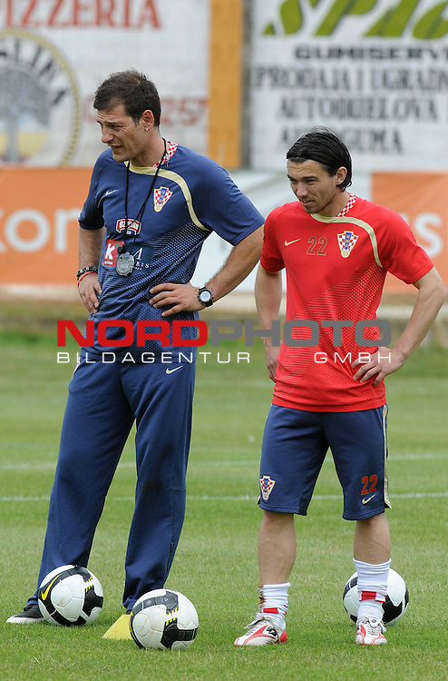 29.05..2009., Rovinj - First day of preparations croatian football national team. 06.06.2009. they are playing qualifying match with Ukraine for World Championship 2010. Slaven Bilic, Danijel Pranjic. <br /> Photo: Anto Magzan/ / nph (  nordphoto  )