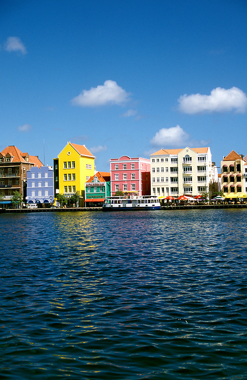 The Caribbean: Harbor at Curacao..Photo copyright Lee Foster, 510/549-2202, lee@fostertravel.com, www.fostertravel.com..Photo #: caribb103