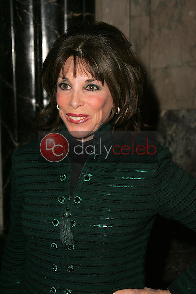 """Kate Linder<br />at the Opening of """"Irving Berlin's White Christmas"""". Pantages Theatre, Hollywood, CA. 11-28-05<br />Dave Edwards/DailyCeleb.com 818-249-4998"""