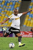 RIO DE JANEIRO, 27.04.2014 - Emerson do Botafogo durante o jogo contra Internacional disputado neste domingo no Maracanã. (Foto: Néstor J. Beremblum / Brazil Photo Press)