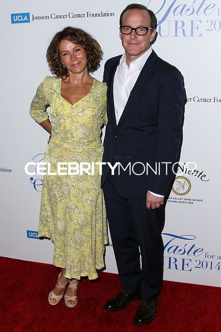 BEVERLY HILLS, CA, USA - APRIL 25: Jennifer Grey, Clark Gregg at the Jonsson Cancer Center Foundation's 19th Annual 'Taste For A Cure' held at Regent Beverly Wilshire Hotel on April 25, 2014 in Beverly Hills, California, United States. (Photo by Xavier Collin/Celebrity Monitor)