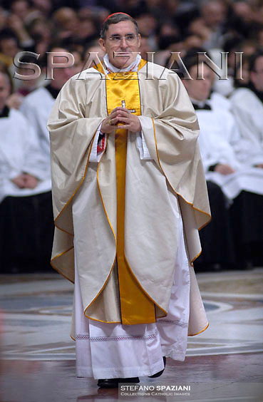 New cardinal LLuis Martinez Sistach receives the ring from Pope Benedict XVI during the Consistory ceremony in Saint Peter's Basilica at the Vatican November 25, 2007
