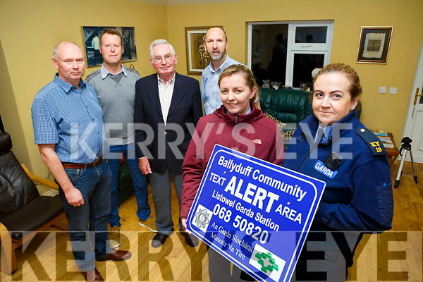 Launching the Ballyduff text alert. Pictured front l-r Chairperson Elaine Freemantle, Sgt. Paula Kelleher, Listowel, Back l-r Committee members Tom Lawlor, Liam Houlihan, Teddy O'Sullivan and Michael Dowling