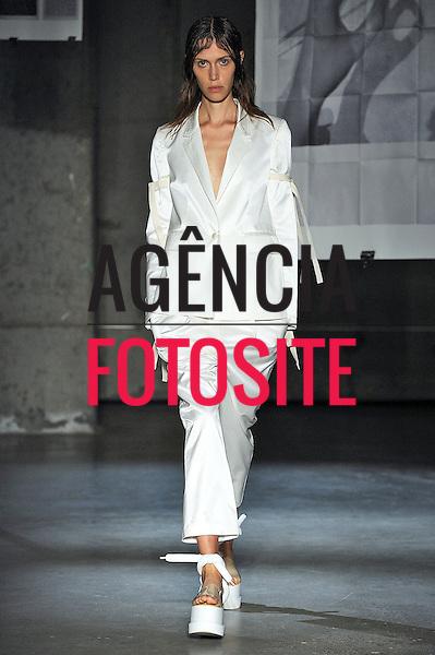Nova Iorque, EUA &sbquo;09/2014 - Desfile de MM6 Maison Martin Margiela durante a Semana de moda de Nova Iorque  -  Verao 2015. <br /> <br /> Foto: FOTOSITE