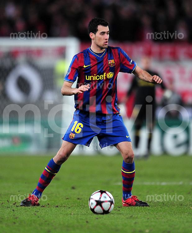 FUSSBALL  International  Champions   League  Hinspiel   SAISON 2009/2010    VfB Stuttgart -  FC Barcelona      23.02.2010 Sergio Busquets  (Barca)