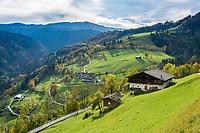 Oesterreich, Salzburger Land, Pinzgau, Bergbauernhoefe an der Moarlacke im Heutal | Austria, Salzburger Land, Pinzgau, Unken at Heu Valley: mountain farms at Moarlacke in Heutal (Heu Valley)