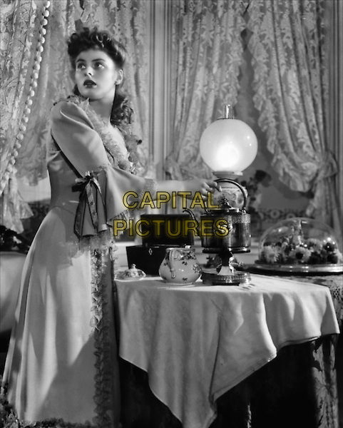 INGRID BERGMAN  .in Dr. Jekyll and Mr. Hyde.*Filmstill - Editorial Use Only*.CAP/PLF.Supplied by Capital Pictures.