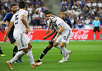 Niklas Süle (Deutschland Germany) gegen Kylian Mbappe (Frankreich, France)- 16.10.2018: Frankreich vs. Deutschland, 4. Spieltag UEFA Nations League, Stade de France, DISCLAIMER: DFB regulations prohibit any use of photographs as image sequences and/or quasi-video.