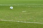 28.01.2018, HDI Arena, Hannover, GER, 1.FBL, Hannover 96 vs VfL Wolfsburg<br /> <br /> im Bild<br /> Rasenqualit&auml;t, Spielrasen, Feature<br /> <br /> Foto &copy; nordphoto / Ewert