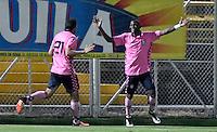 BOGOTA - COLOMBIA -21 -10-2016: Los jugadores de Boyaca Chico FC, celebran el gol anotado a La Equidad, durante partido entre La Equidad y Boyaca Chico FC, por la fecha 17 de la Liga Aguila II-2016, jugado en el estadio Metropolitano de Techo de la ciudad de Bogota. / The players of Boyaca Chico FC, celebrates a scored goal to La Equidad, during a match La Equidad and Boyaca Chico FC, for the  date 17 of the Liga Aguila II-2016 at the Metropolitano de Techo Stadium in Bogota city, Photo: VizzorImage  / Luis Ramirez / Staff.