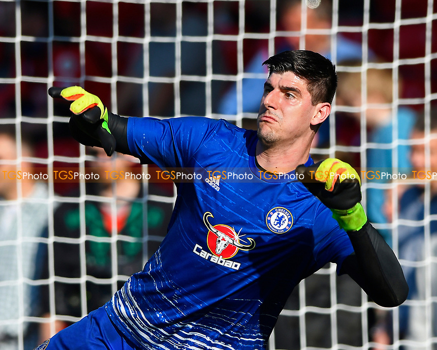 Thibaut Courtois of Chelsea during AFC Bournemouth vs Chelsea, Premier League Football at the Vitality Stadium on 8th April 2017
