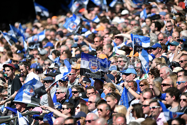 Bath Rugby fans in the crowd show their support. The Clash, Aviva Premiership match, between Bath Rugby and Leicester Tigers on April 8, 2017 at Twickenham Stadium in London, England. Photo by: Patrick Khachfe / Onside Images