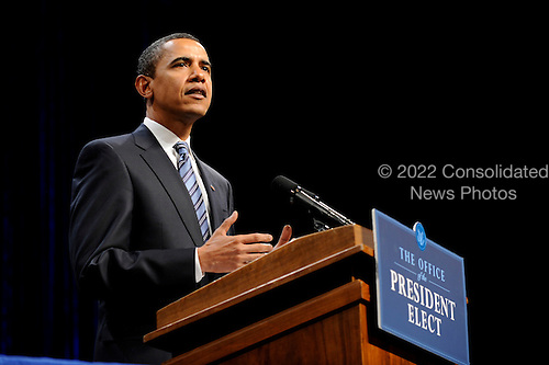 Fairfax, VA - January 8, 2009 -- United States President-elect Barack Obama delivers remarks on his economic recovery plan at George Mason University in Fairfax, Virginia on Thursday, January 8, 2009. Obama outlined his plan to save or create over 3 million jobs while investing in American infrastructure. .Credit: Kevin Dietsch - Pool via CNP