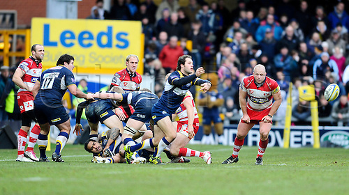 01.01.2011 Aviva Premiership Rugby Leeds Carnegie v Gloucester Rugby. Leeds Carnegie Replacement (#21) Scott Mathie passes from a ruck in the second half
