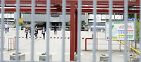 Cassino, maggio 2009.Stabilimento FIATI .I cancelli della fabbrica.operaie che escono.FIAT.The gates of the factory.woman workers leaving.