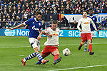 16.03.2019, VELTINS-Arena, Gelsenkirchen, GER, DFL, 1. BL, FC Schalke 04 vs RB Leipzig, DFL regulations prohibit any use of photographs as image sequences and/or quasi-video<br /> <br /> im Bild Strafraumszene . Torchance von Mark Uth (#7, FC Schalke 04) neben Willi Orban (#4, RB Leipzig) <br /> <br /> Foto © nph/Mauelshagen