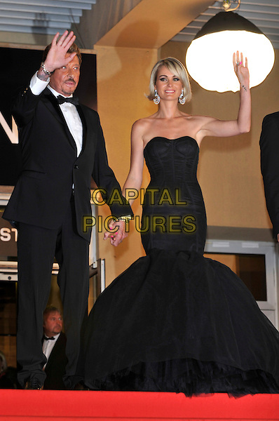 JOHNNY HALLYDAY, LAETITIA HALLYDAY.'Vengance' screening.62nd International Cannes Film Festival.Cannes, France. 17th May 2009.full length black strapless bustier fishtail dress gown tux tuxedo married couple husband wife hand waving .CAP/PL.©Phil Loftus/Capital Pictures