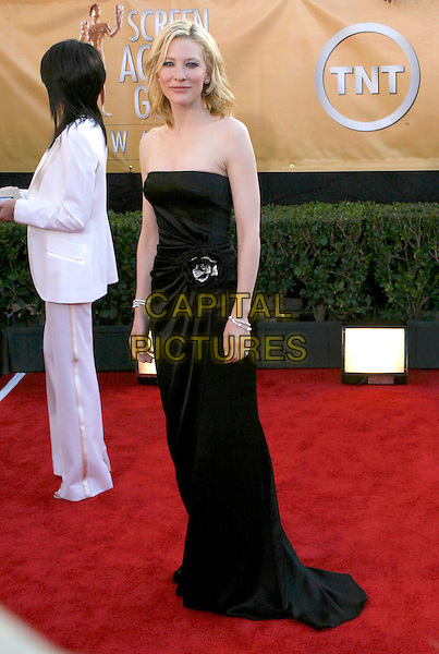 CATE BLANCHETT.Red Carpet Arrivals at the 11th Annual Screen Actors Guild Awards (SAG) held at the Shrine Auditorium, .Los Angeles, California, USA,.05 February 2005,.full length black strapless dress kate blanchet.Ref: ADM.www.capitalpictures.com.sales@capitalpictures.com.©J.Wong/AdMedia/Capital Pictures .