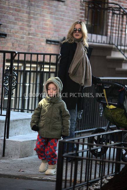 WWW.ACEPIXS.COM . . . . .  ....December 4 2007, New York City....Actress Kate Hudson took her son Ryder for a spin around her Soho neighborhood in a stroller. She visted a coffee shop and bought coffee for herself and something for Ryder to munch on.....Please byline: DAVID MURPHY- ACE PICTURES.... *** ***..Ace Pictures, Inc:  ..Philip Vaughan (212) 243-8787 or (646) 679 0430..e-mail: info@acepixs.com..web: http://www.acepixs.com