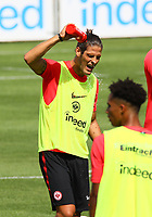 Goncalo Paciencia (Eintracht Frankfurt) erfrischt sich - 08.08.2018: Eintracht Frankfurt Training, Commerzbank Arena<br /> <br /> DISCLAIMER: <br /> DFL regulations prohibit any use of photographs as image sequences and/or quasi-video.
