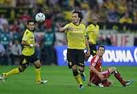 Fussball Bundesliga Saison 2011/2012 1. Spieltag Borussia Dortmund - Hamburger SV V.l.: Ilkay GUENDOGAN (BVB), Mats HUMMELS (BVB), Gojko KACAR (HSV).
