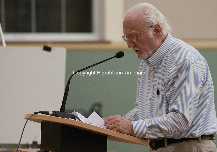 TORRINGTON, CT - 12 NOV 2014 -- Ed Jaffe, an artist who loved to Torrington earlier this year, asks the Planning & Zoning Commission to consider amending regulations to attract more artists to the city.  Alec Johnson/ Republican-American