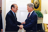 United States President Bill Clinton, right, meets with Mayor Jacque Chirac of Paris, France, left, in the Oval Office of the White House in Washington, DC on September 20, 1994.<br /> Credit: White House via CNP