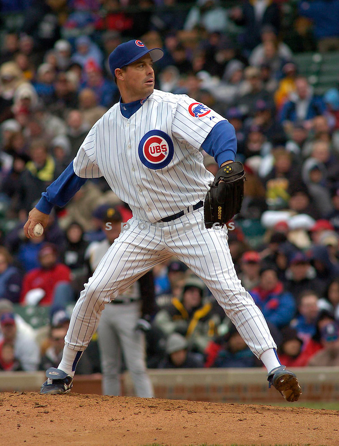 Greg Maddux during the Chicago Cubs v. Pittsburgh Pirates game on April 23, 2005.....Cubs lost 3-4.....Chris Bernacchi  / SportPics........