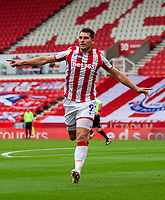 4th July 2020; Bet365 Stadium, Stoke, Staffordshire, England; English Championship Football, Stoke City versus Barnsley; Sam Vokes of Stoke City celebrates his 8th minute goal