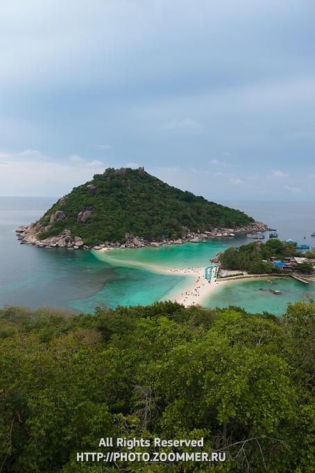 Nang Yuan national park island high angle view, Ko Tao island, Thailand
