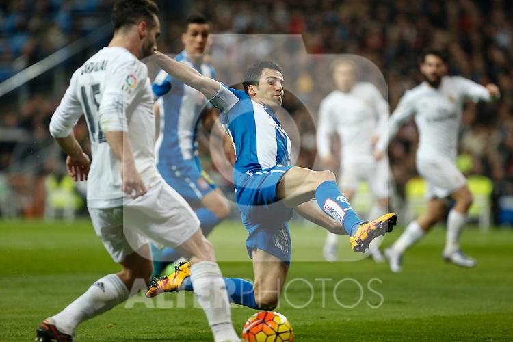 Espanyol´s Fuentes during 2015/16 La Liga match between Real Madrid and Espanyol at Santiago Bernabeu stadium in Madrid, Spain. January 31, 2016. (ALTERPHOTOS/Victor Blanco)